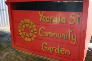 garden-letter-box